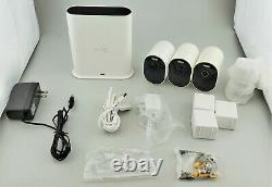 Arlo Ultra 4K UHD 3 Camera Indoor/Outdoor Security System White Good Shape