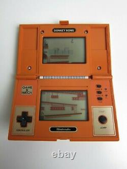 Donkey Kong (DK-52) Nintendo Game & Watch in Good Condition