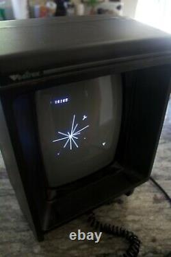 GCE HP-3000 Vectrex Arcade System with 8 games. Very good condition