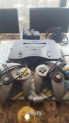 Good condition Nintendo 64! Two controllers + Mario Kart & Goldeneye