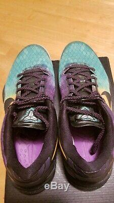 Kobe 8 system Easter Size 10 Good condition