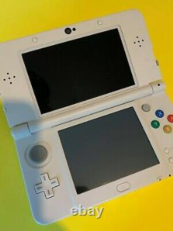 New' Nintendo 3ds White. Very Good Condition With New Charger
