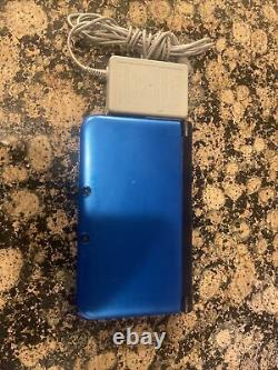 Nintendo 3DS XL Blue/Black Good Condition 4gb memory charger