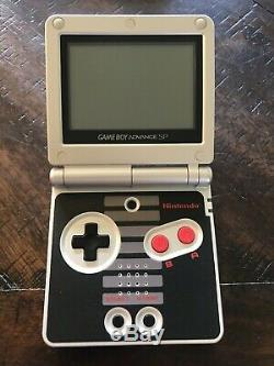 Nintendo Classic NES Limited Game Boy Advance SP COMPLETE IN BOX! GOOD SHAPE