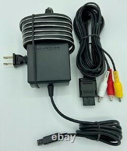 Nintendo GameCube DOL-001 Cords + Controller 100% Nintendo Good Condition