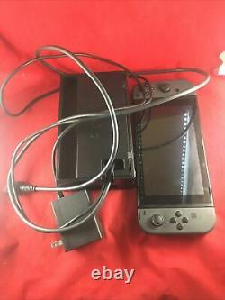Nintendo Switch Game Console with Charger & Cords Good Working Condition