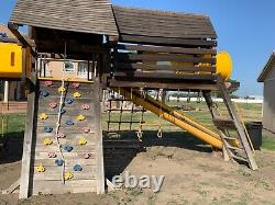 Rainbow Swing-set play systems King Kong Castle- Used good condition