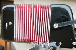 Record Accordion C-system, 3-fold Tremolo Musette, 4 reed, good condition
