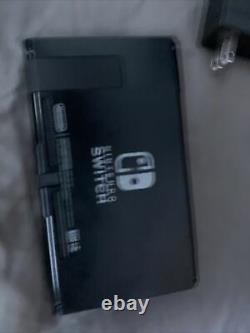 Bon État Nintendo 32go Switch + Beaucoup D'accessoires (lire Ci-dessous)