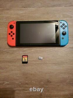 Bon État Nintendo Switch 32 Go Neon Red / Neon Blue Console Lire Description