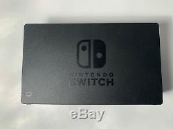 Bonne Condition Non Patchées Nintendo Commutateur Avec Console, Dock Et Que Des Câbles