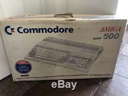 Commodore Amiga A500 Computer System Rare Vintage Boxed En Bon État