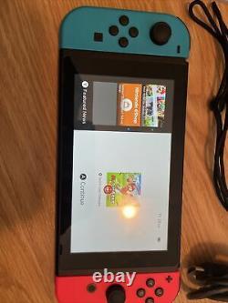 Console Nintendo 32 Go Avec Super Smash Bros Ultimate. Très Bon État