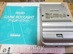 Console Nintendo Gameboy Lumière Console Argent Japon Coffret Bon Etat