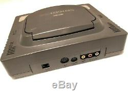 Console Snk Neo Geo Cdz + 2 Jeux De Travail En Bon État