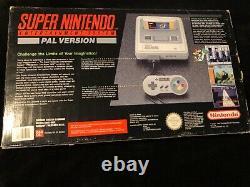 Console Super Mario World Snes. Boîte, Bon État