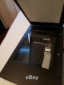 Epson Perfection V700 Photo Scanner À Plat. Système De Double Objectif. Bonne Condition