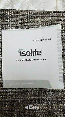 Isolation Dentaire Isolite Et Le Système D'éclairage. Utilisé. Bonne Condition