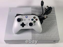Microsoft Xbox One S 1tb Blanc Tous Les Travaux Numériques Bonne Condition Parfectement