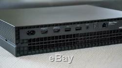 Microsoft Xbox One X 1tb Console De Jeux Console Noire Et Câbles Bon État