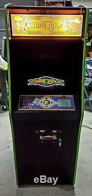 Mini Golf Arcade Game Bally Sente Système De Travail Bon État