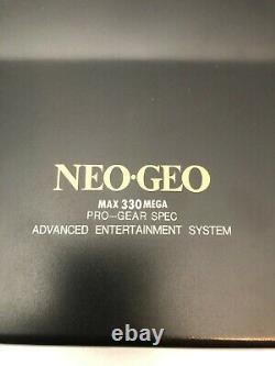 Neo Geo Aes Console (modèle 3-5) Avec Contrôleur & Câbles Très Bon État