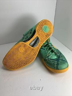 Nike Kobe 8 System Shoes Taille Homme 15 2013 Bon État Vert Rare 555035-304