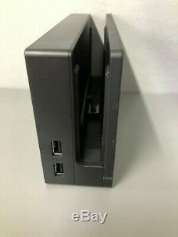 Nintendo Console Bundle Commutateur 32go. Bonne Condition. Neon Rouge / Bleu