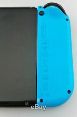 Nintendo Console Commutateur 32 Go Gris Neon Rouge / Neon Blue Joy Con Bonne Forme