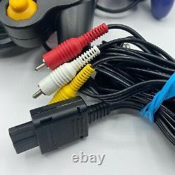 Nintendo Gamecube Dol-001 Console Seulement Ou Accessoires En Bon État. Propre
