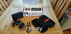Nintendo Switch Très Bon État Avec Boîte D'origine Et Étui