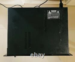 Roland S-760 Sampler Bon État Physique. Pas De Disque Système. Expédition Dans Le Monde Entier