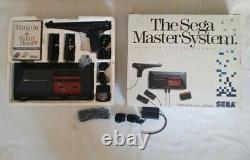 Sega Master System Console Complète En Boîte Cib! (lire Desc) Bon État