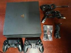Sony Playstation 4 Ps4 Pro 1tb Noir Console. Bonne Condition. Testé Travail