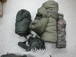 Us Military 5 Piece Modular Sleeping Bag Sleep System Bon État