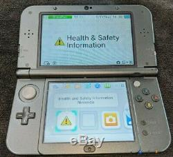 Utilisé Rare Nintendo 3ds XL Zelda Hyrule Gold Edition Avec Chargeur Bon État