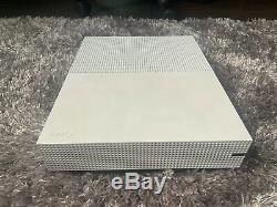 Xbox Une Console Blanche De 500go Très Bon État