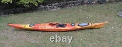 Zephyr Wilderness Systems 15.5 Foot Touring Kayak Bonne Condition Utilisée